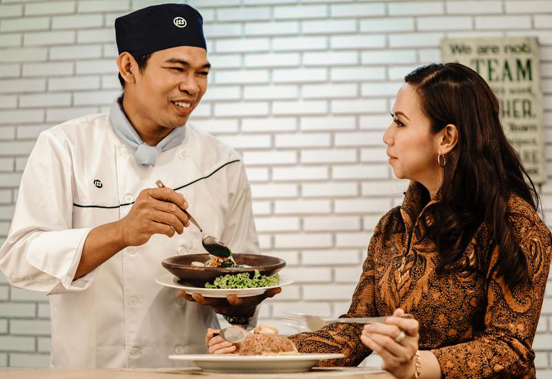 Indonesia_Catering_People_2017_01.jpg
