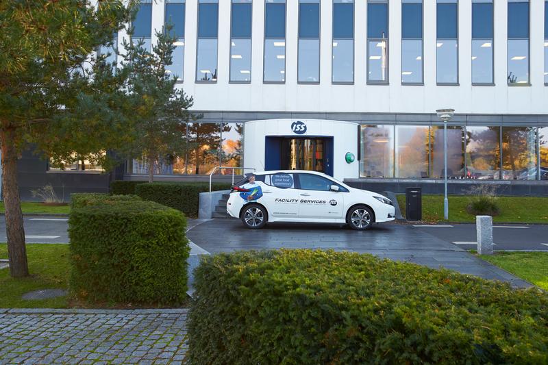 HQ_Electric car & Buddinge building_1018 (2)